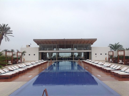 Hotel Paracas, a Luxury Collection Resort: Bar Lounge y piscina