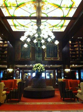 Hotel Geneve Ciudad de Mexico: Hall y recepción