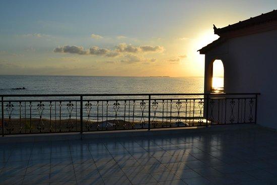 Ammos residence: vista mare da terrazzo della suite