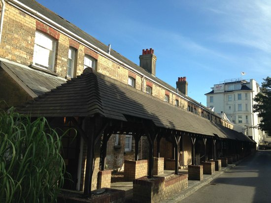 Bournemouth Highcliff Marriott Hotel: The Cottages