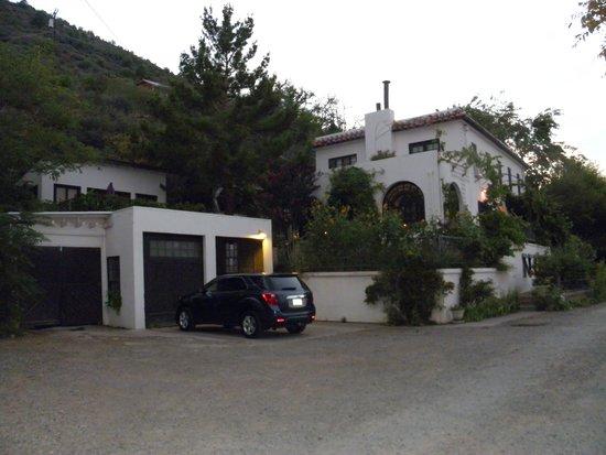 Surgeon's House B & B