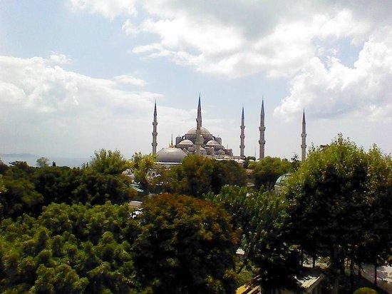 Star Holiday Hotel : Вид на Голубую мечеть с балкона отеля