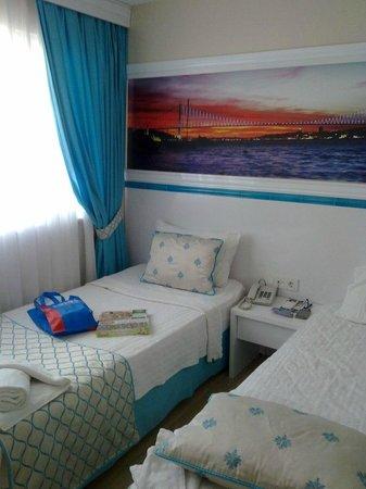 Star Holiday Hotel: Стандартный двухместный номер с двумя кроватями