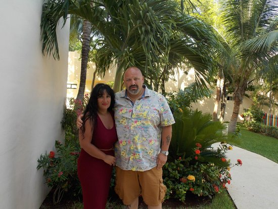 Viva Wyndham Maya: The wife and me in the hotel grounds