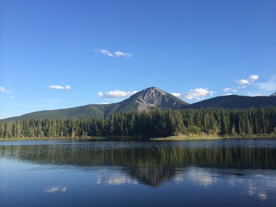 Bow Valley Campground : Middle Lake