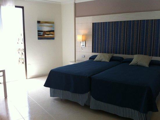 Dream Hotel Noelia Sur : Habitación