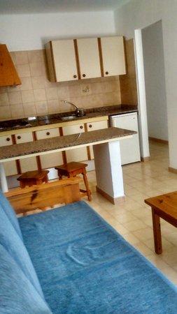 Relaxia Olivina: appartement espace cuisine et salon
