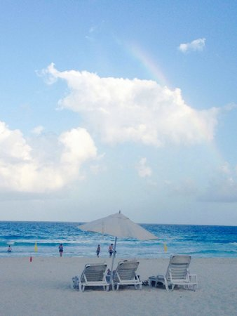 Live Aqua Cancun All Inclusive: Perfect rainbow. Perfect sand. Perfect.