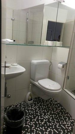 Sommerau Ticino Hotel : Bathroom (Room #115)