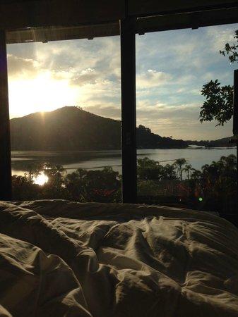 Hospedaria Ponta Da Piteira: Nascer do sol do quarto