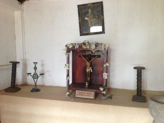 Intermezzo del Bosque: Antigua Capilla Monseñor Lezcano 1920 / Inside the Restaurant