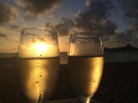 Bay Gardens Beach Resort: Sunset
