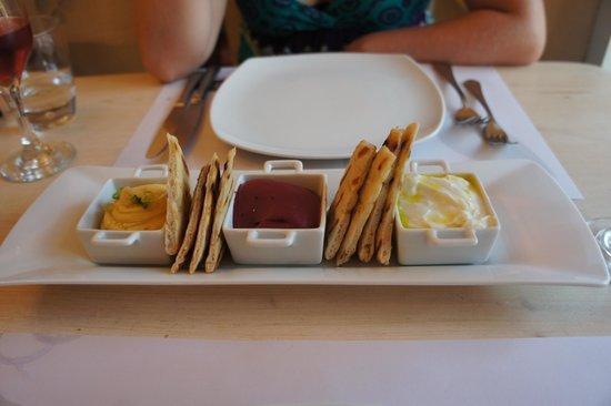M-eating: Mixed dip starter