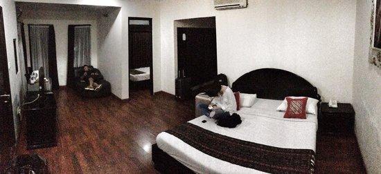 Stana Puri Gopa Hotel : Big superior room