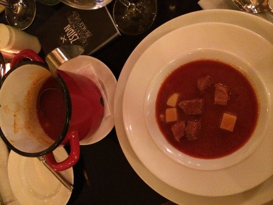 21 Hungarian Kitchen: Hungarian Goulash Soup
