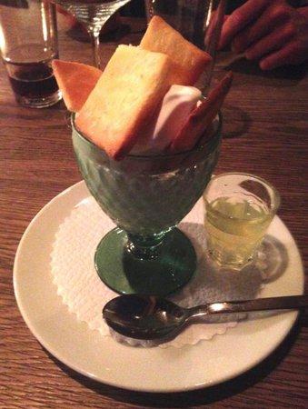 Restorant Uondas: Dessert glacé au limoncello
