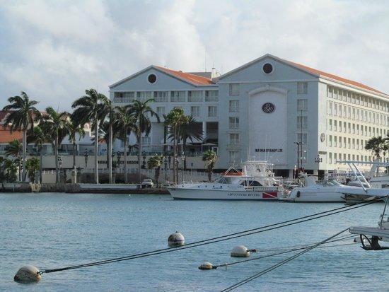 Renaissance aruba resort and casino marina hotel reviews complete genesis game list