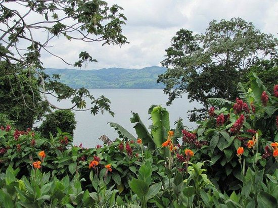 Get Lost In Costa Rica : Lake Arenal
