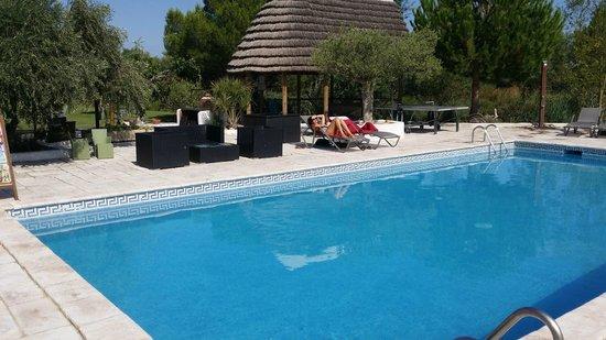 Mas de Calabrun: Une belle piscine à 26°