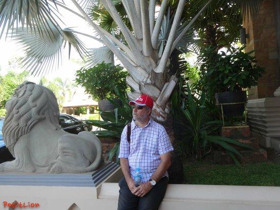 Angkor Miracle Resort & Spa : Main Entrance