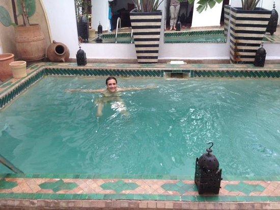 Riad Al Warda: A refreshing pool on a 106 F day!!