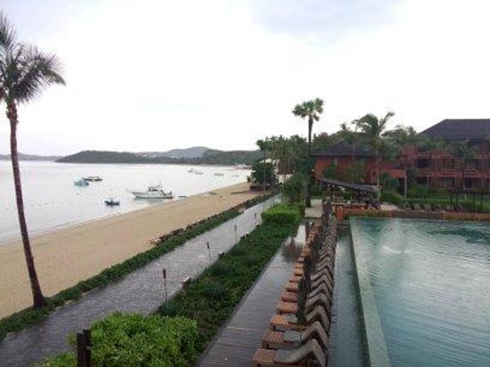 Hansar Samui Resort : วิวสระ