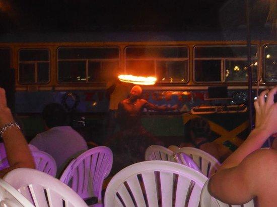 Sandals Ochi Beach Resort: Beach party show