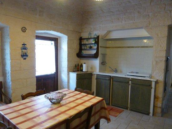 Trulli Holiday - Resort: Kitchen