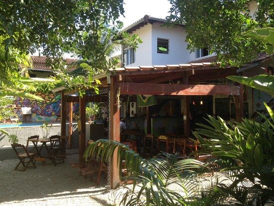 Che Lagarto Hostel Paraty: Dining Area