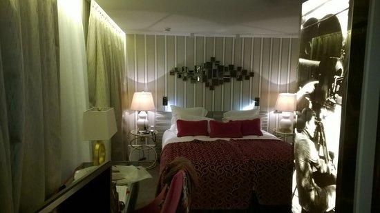 Hotel Baume: lit parents