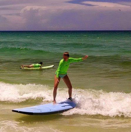 Ride On Surf School : Surfing
