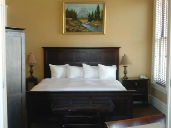 The Montvale Hotel : Our Room