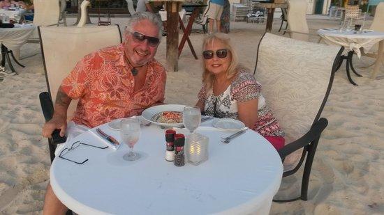Atardi: Chillin At Dinner