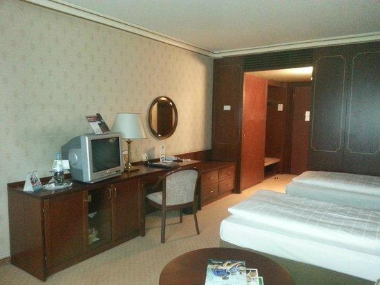 Maritim Hotel Bonn: Maritim standard room
