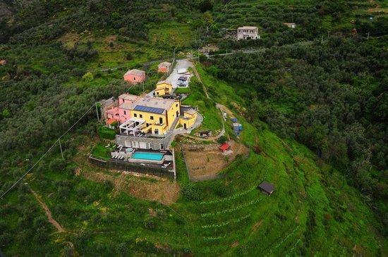 Agriturismo Costa di Faraggiana : Vista con elecottero