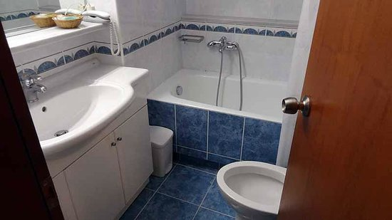 Poseidonio Hotel : Bathroom