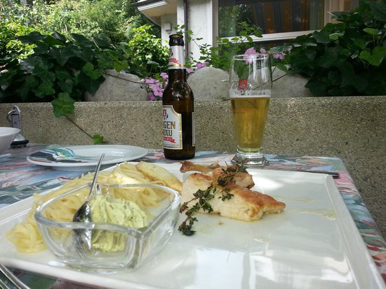 Stella Hotel Interlaken: Chicken