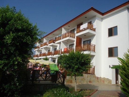 Eftalia Holiday Village: домики отеля
