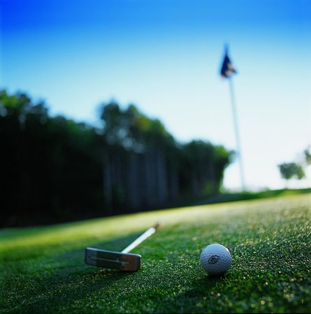 Sundara Inn and Spa: Championship Golf at the adjacent Wild Rock Golf Club