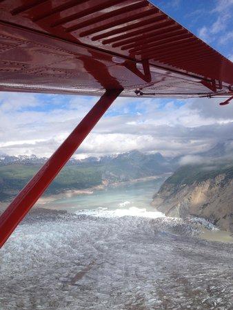 K2 Aviation: Heading into the Glaciers