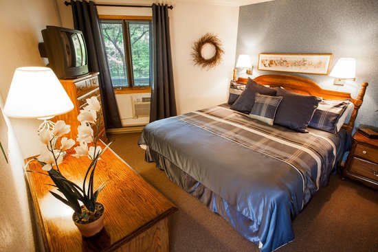 Nordic Lodge: Recently upgraded Suite bedroom
