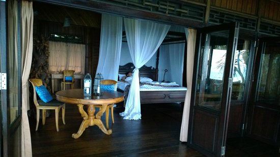 Jasri Bay Hideaway : View of room during morning