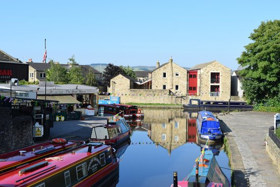 The Boathouse Cafe: The View From Belmont Bridge Over Looking the Canal and Basin