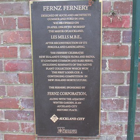 Auckland Domain : Ferneries are 'cool' places so if you go during the summer you'll really want to stop by here.