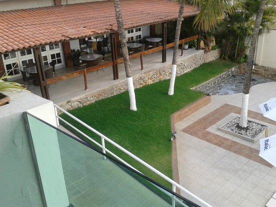 Hotel Village Caruaru : vista da varanda do quarto