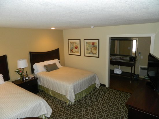 Sunday House Inn: Queen room