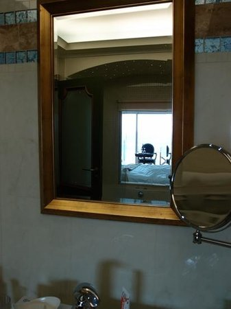Atrium Prestige Thalasso Spa Resort and Villas: il mare allo specchio