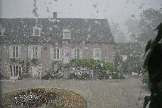 Le Parc de l'Hostellerie : Het was wel noodweer!