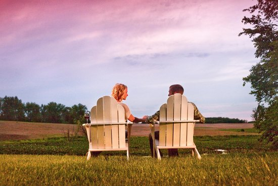 Castle in the Country Bed & Breakfast Inn : Enjoy Southwest Michigan's gorgeous sunsets