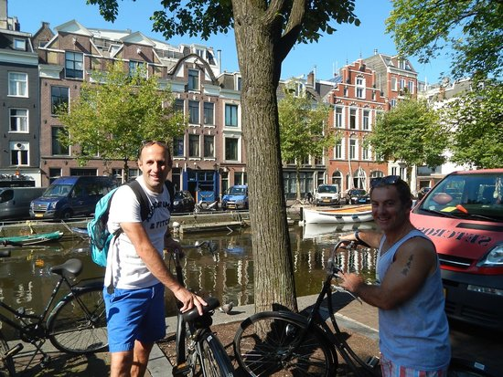 Amsterdam Black Bikes: Renting bikes